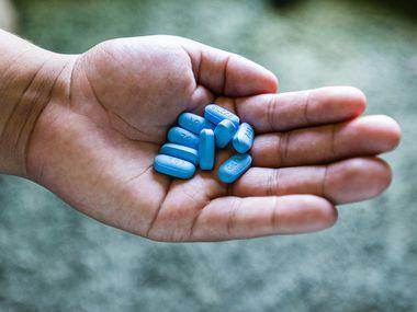 Truvada is a Gilead PrEP medication used to prevent HIV transmission. (Heidi de Marco/KHN)