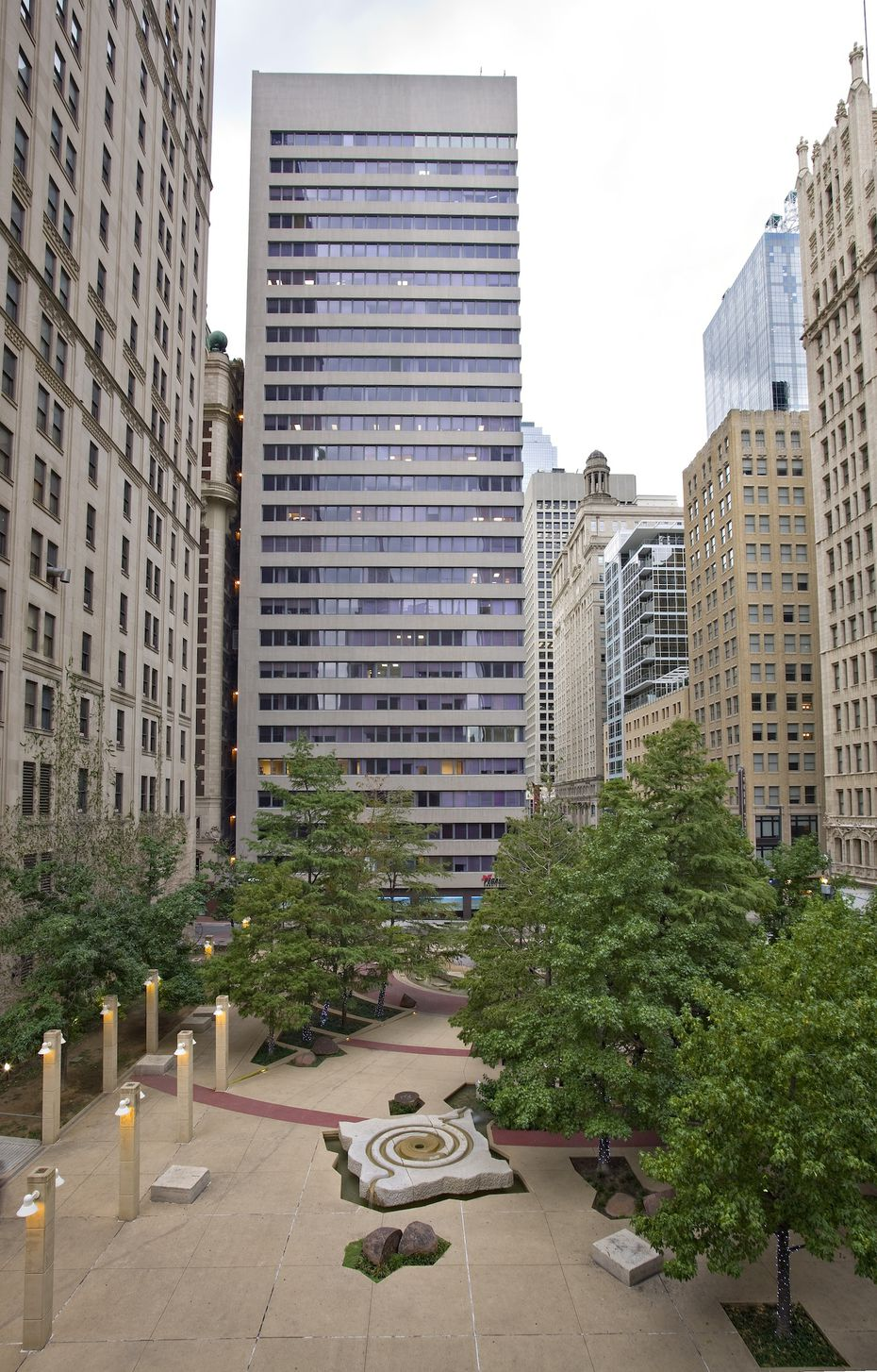 New owners of the 60-year-old Adolphus Tower on Main Street in downtown Dallas plan to renovate the building.
