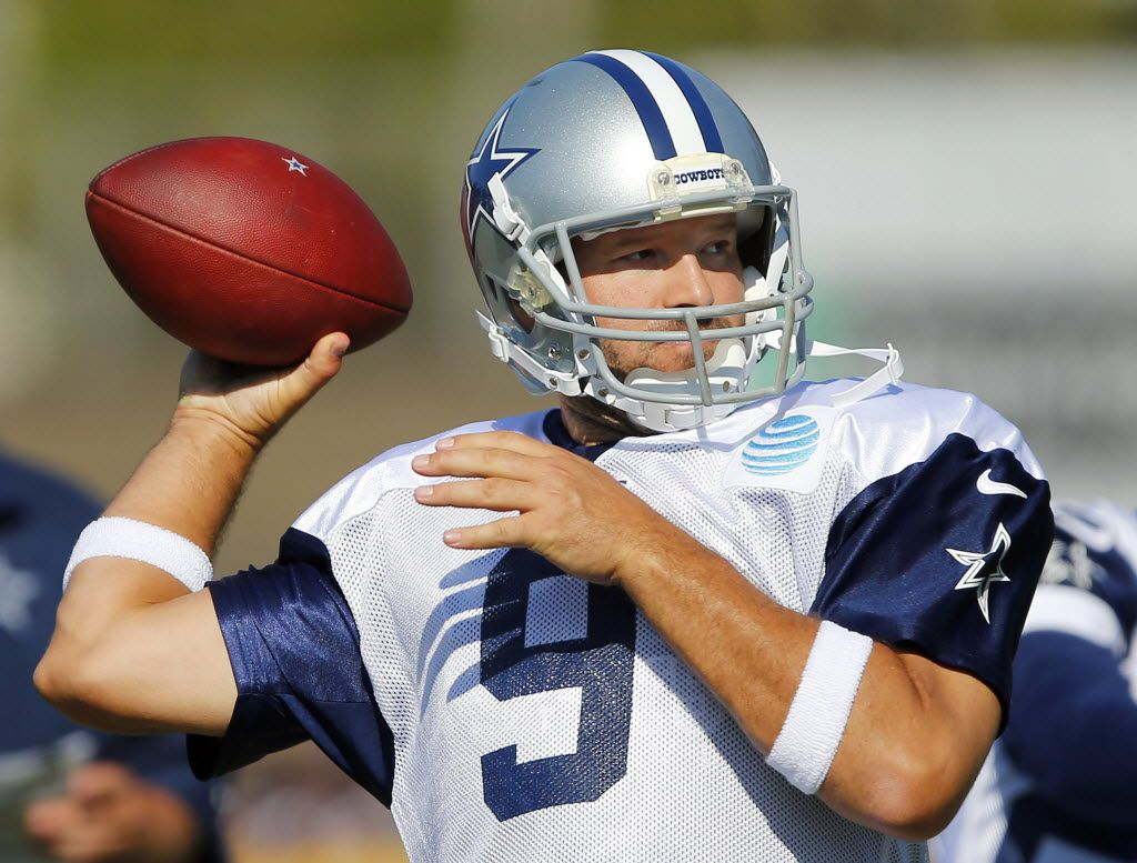 Dallas Cowboys quarterback Tony Romo (9) throws a pass during afternoon practice at training camp in Oxnard, California, Wednesday, August 10, 2016. (Tom Fox/The Dallas Morning News)