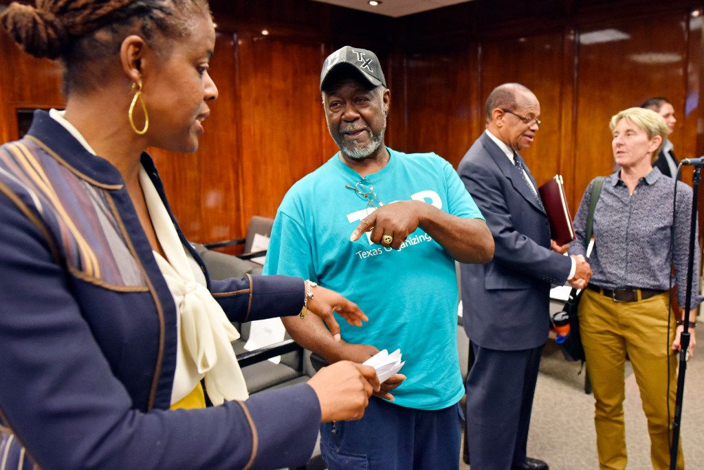 Bernadette Nutall, left, DISD board member for District 9, speaks with concerned parent Ralph Jenkins after a DISD board briefing, on Thursday Jan. 12, 2017 at DISD headquarters in Dallas. Ralph Jenkins' daughter, who has attention-deficit/hyperactivity disorder, has been suspended from a DISD school at least 30 times. He attended the meeting to speak about the issues many children face with certain disorders and how they need to be helped.
