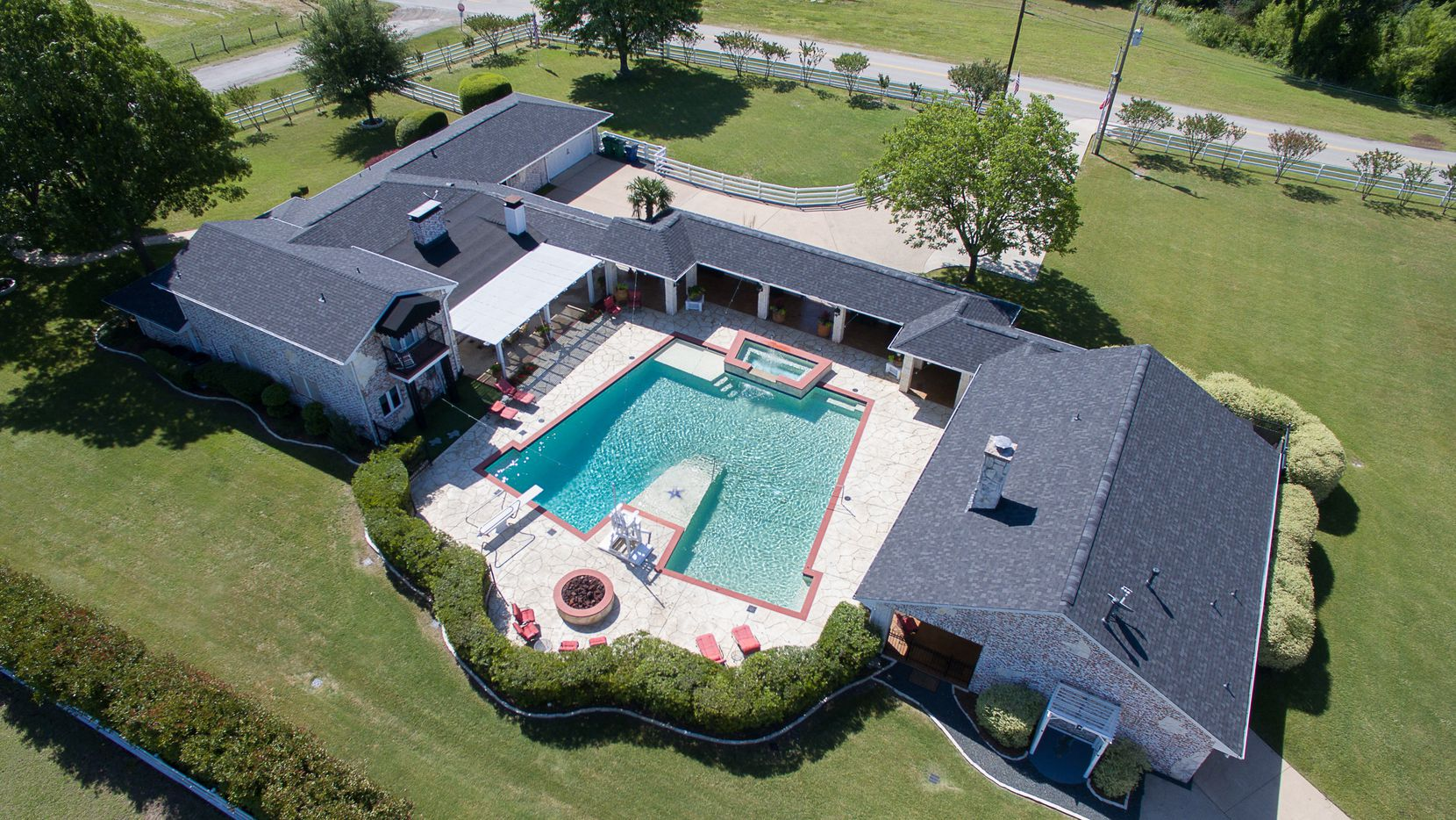 5 Star Ford Carrollton >> Fast N' Loud's Dennis Collins selling dream house in Murphy and its killer 20-car garage