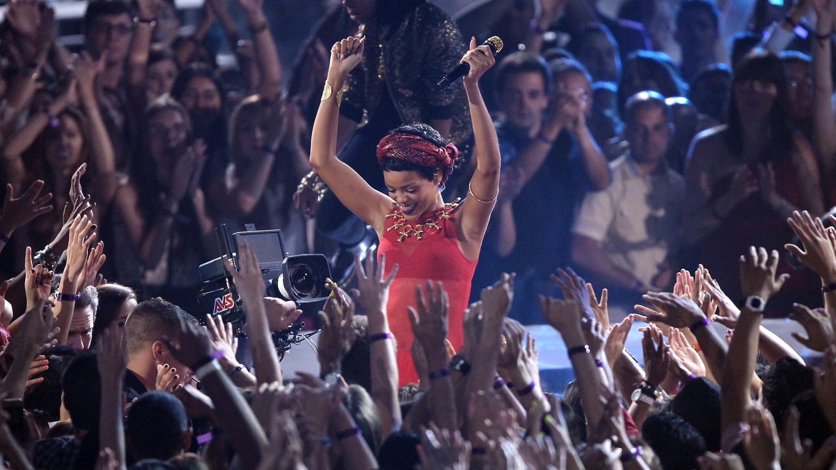 Rihanna performs at the MTV Video Music Awards on Sept. 6, 2012, in Los Angeles. (Photo by Matt Sayles/Invision/AP)