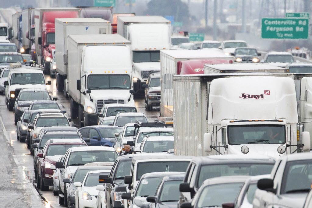 LBJ Freeway traffic backs up near Shiloh Road on an icy morning last winter in Garland in this 2019 file photo. (Smiley N. Pool/The Dallas Morning News)