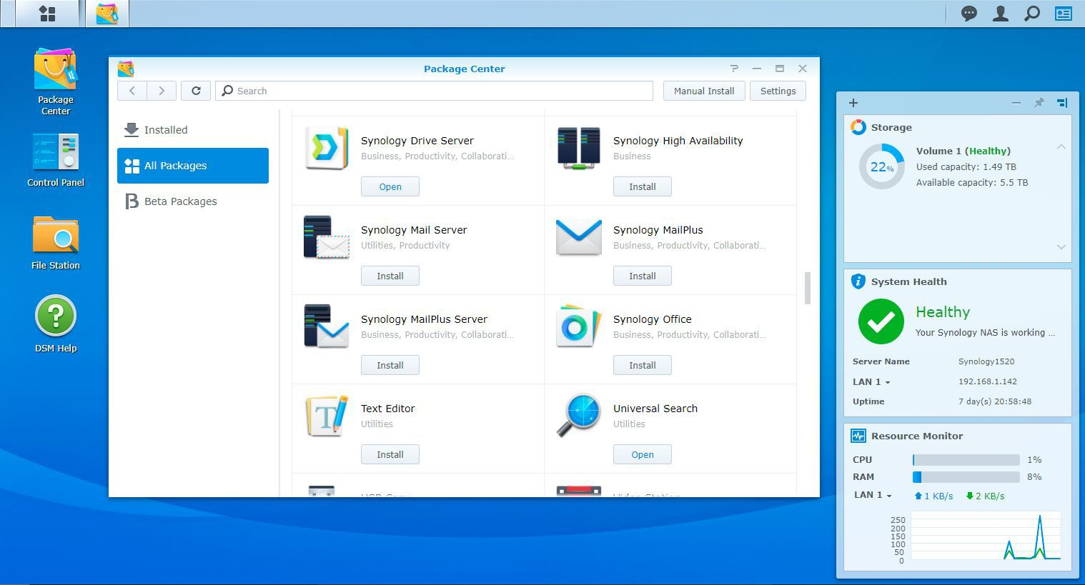 The Synology Disk Station operating system is accessed through a browser.