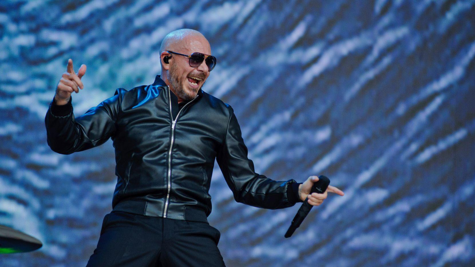 Pitbull en un show el 8 de junio de 2019 en Chicago, Illinois.