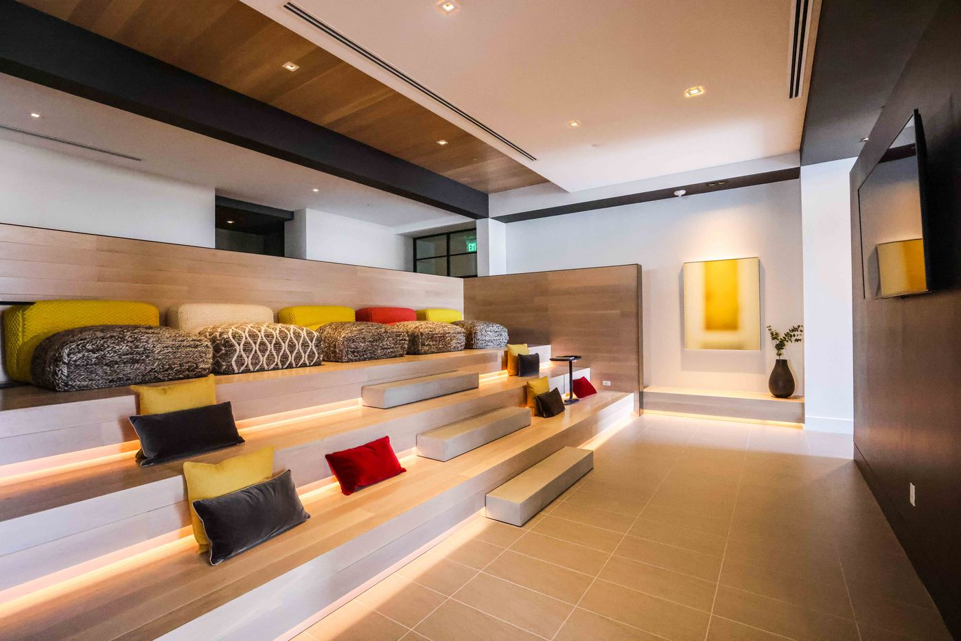 A TV lounge area at The Victor. (Lola Gomez/The Dallas Morning News)