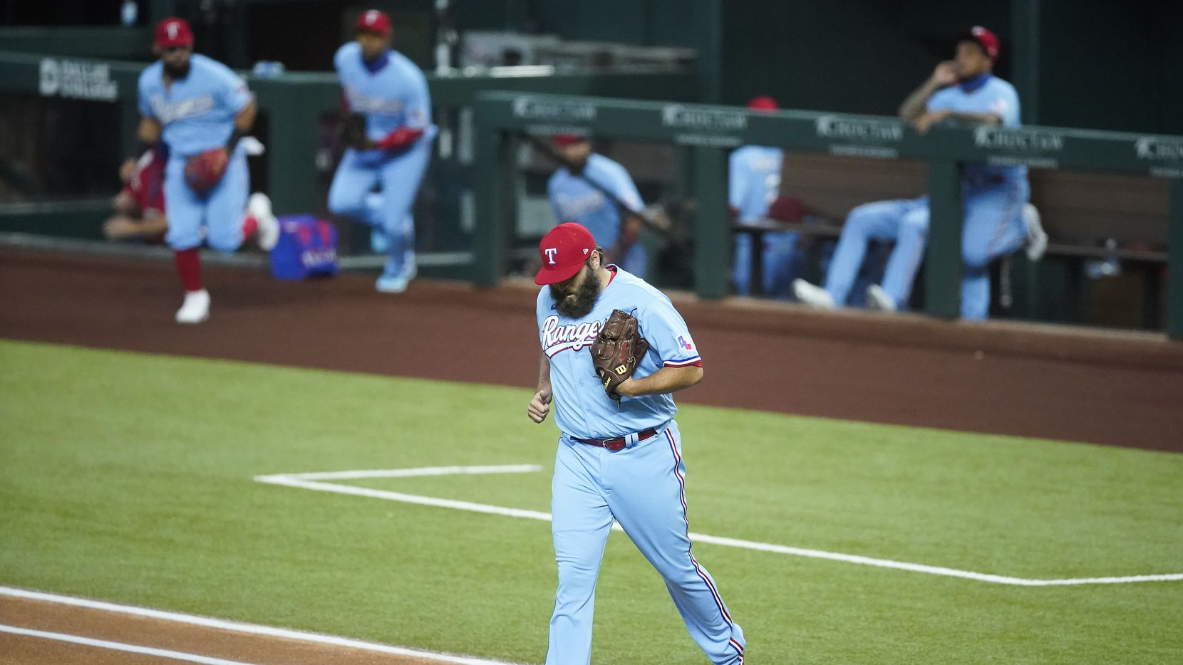 Texas Rangers pitcher Lance Lynn takes the field to face the Los Angeles Angels at Globe Life Field on Sunday, Aug. 9, 2020.