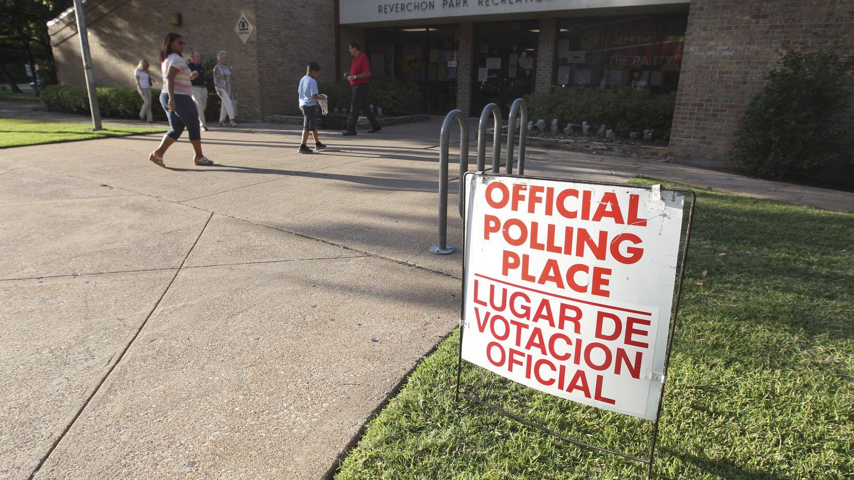 Decenas de miles de personas han sido depuradas de una lista de potenciales votantes sin ciudadanía. DMN