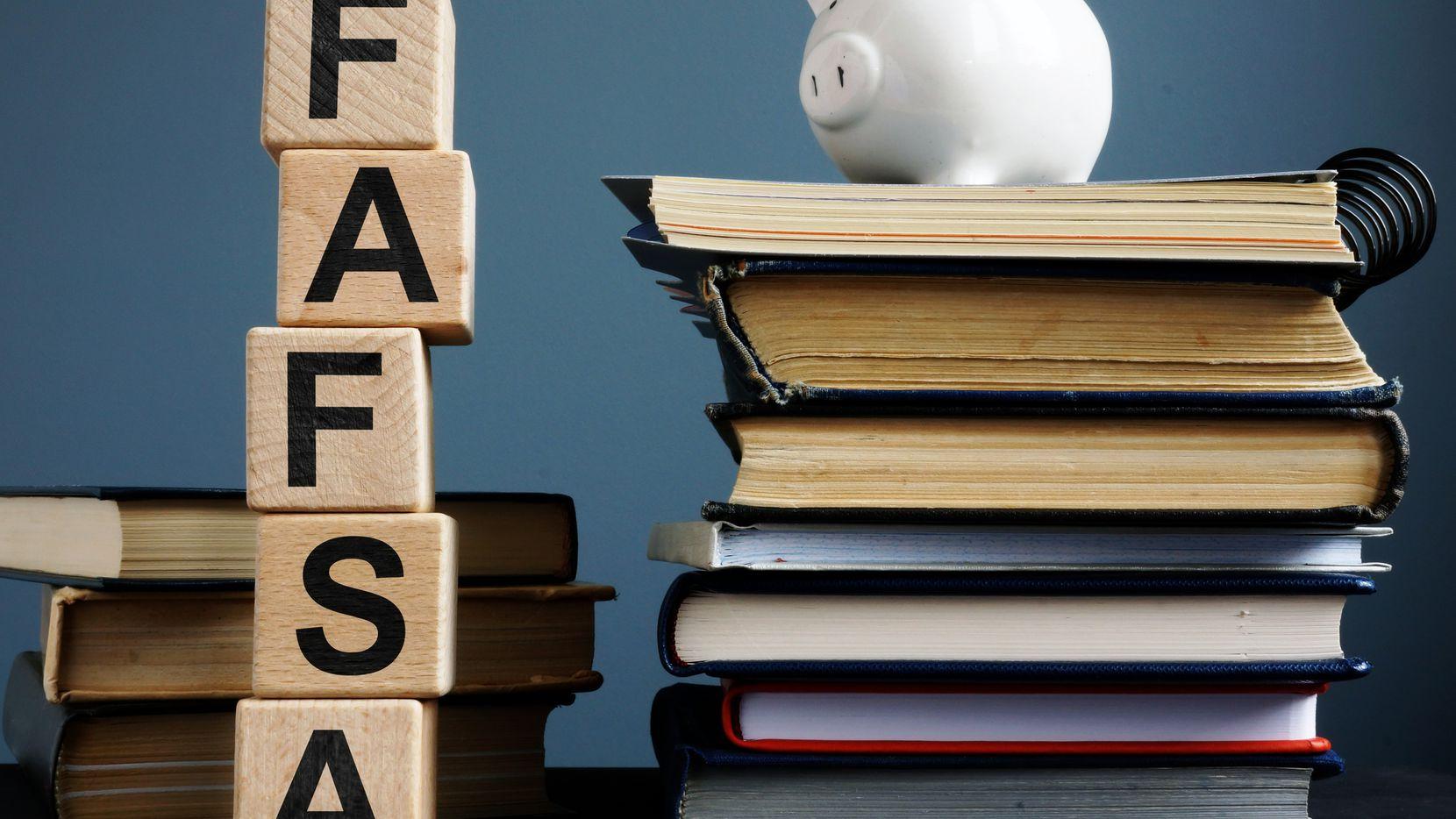 Es tiempo de solicitar fondos a través de la solicitud de ayuda financiera FAFSA.