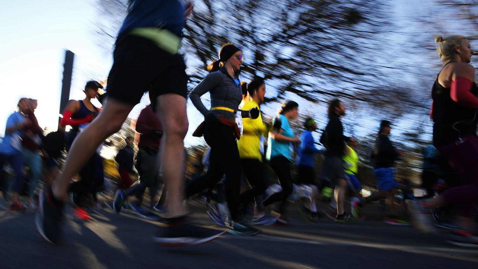 The BMW Dallas Marathon gets underway in downtown Dallas on Dec. 10, 2017.