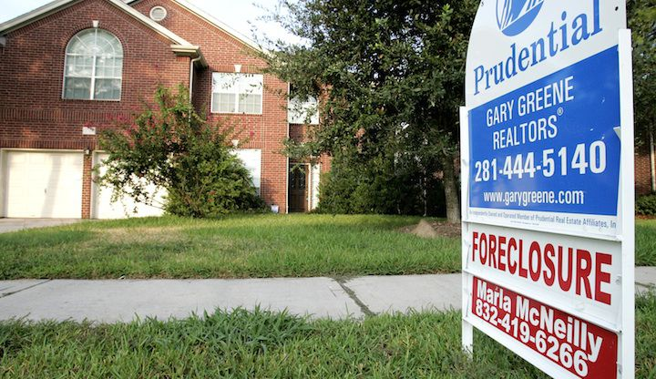More than 19% of D-FW FHA home loans are late with payments.