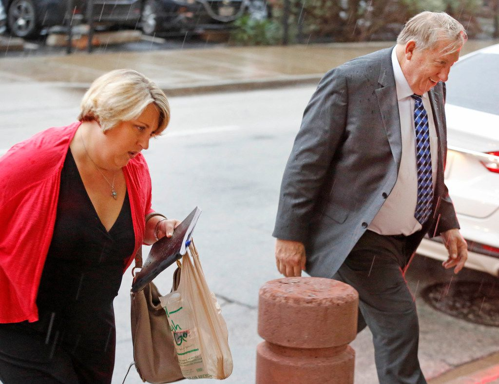 Jerry Shults and his daughter, Amy Herrig of the Gas Pipe arrive at the Earle Cabell federal courthouse, downtown Dallas, photographed on Wednesday, September 26, 2018. (Louis DeLuca/The Dallas Morning News)
