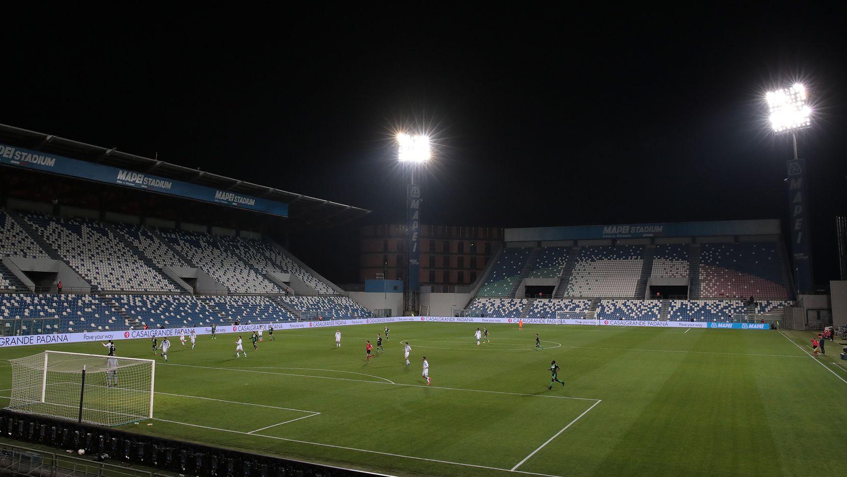 En Europa las medidas han sido más extremas hasta llegar a jugar partidos sin gente en los estadios.