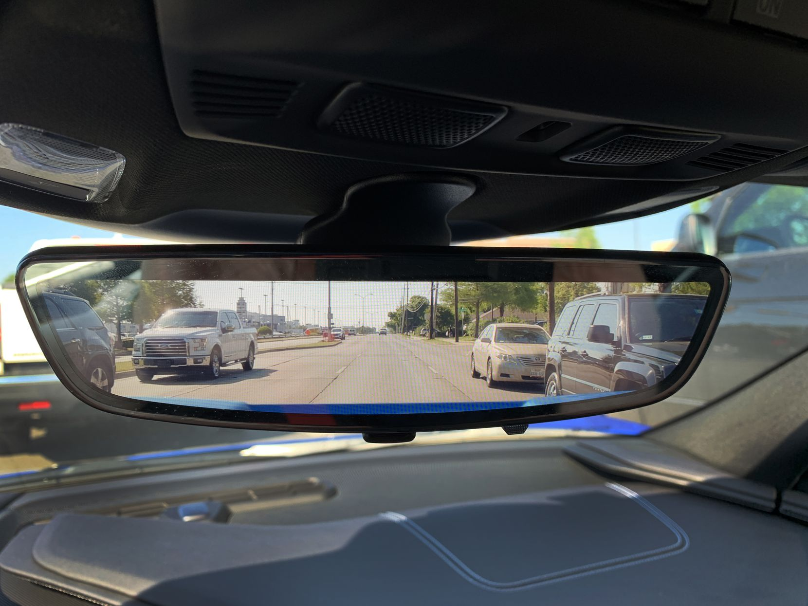 The rear camera mirror of the 2020 Chevrolet Corvette C8 Stingray gives an unobstructed view out the back.