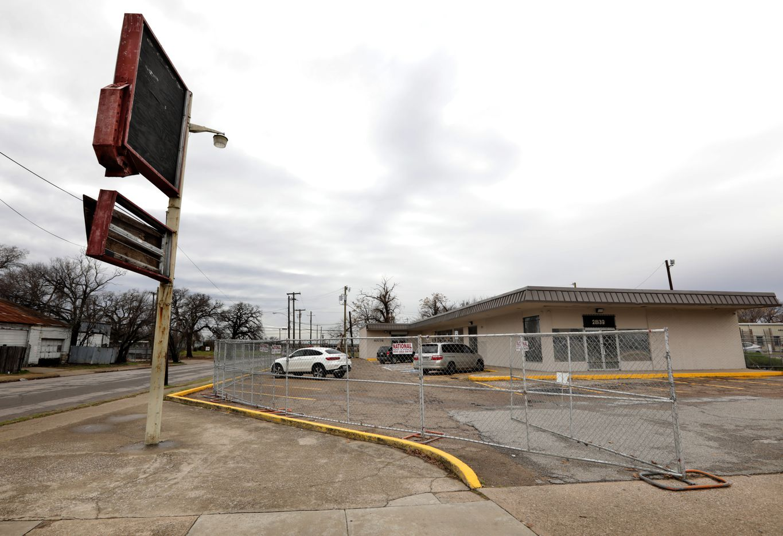 The Cornerstone Community Laundromat in Dallas, TX, on Dec. 10, 2019. (Jason Janik/Special Contributor)