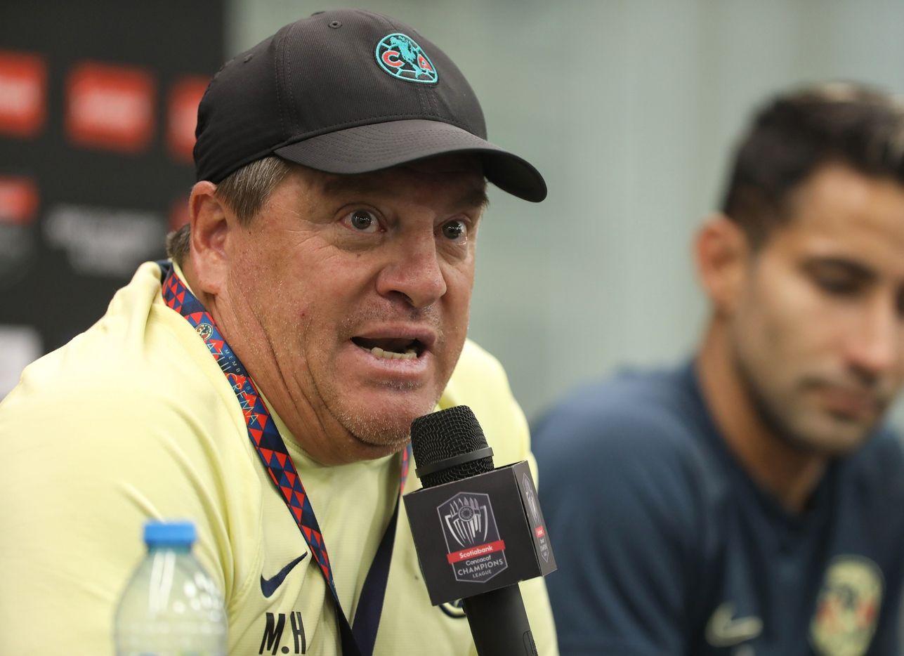 El técnico de las Águilas del América, Miguel Herrera, siempre alimenta a la prensa con declaraciones polémicas.