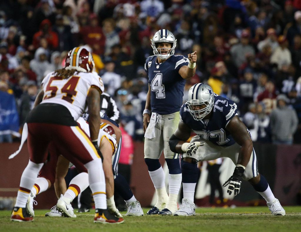 Dallas Cowboys quarterback Dak Prescott (4) calls out a play in the fourth quarter at FedExField in Landover, Maryland on Sunday, Oct. 21, 2018. The Dallas Cowboys lost 20-17. (Rose Baca/The Dallas Morning News)