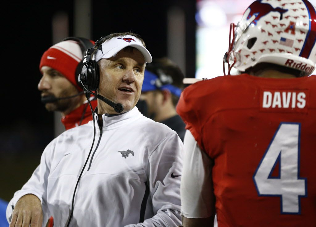 Southern Methodist Mustangs head coach Chad Morris against talks to DUPLICATE***Southern Methodist Mustangs quarterback Matt Davis (4) against Tulane in the second half Gerald J. Ford Stadium, Southern Methodist University in Dallas  November 21, 2015.   (Nathan Hunsinger The Dallas Morning News)