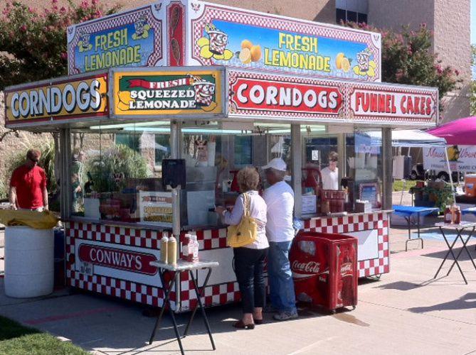 Murphy Maize Days features festival food vendors.
