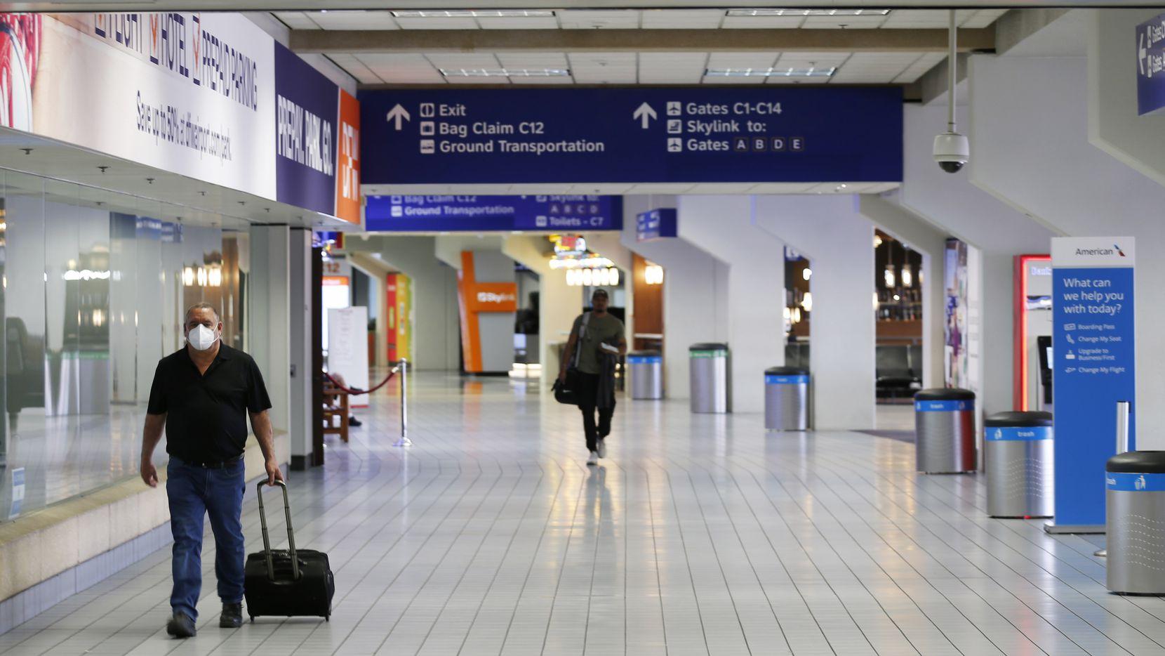 Con el aeropuerto casi vacío, las autoridades están pensando dos veces para emprender el proyecto de ampliación con la construcción de la Terminal F.