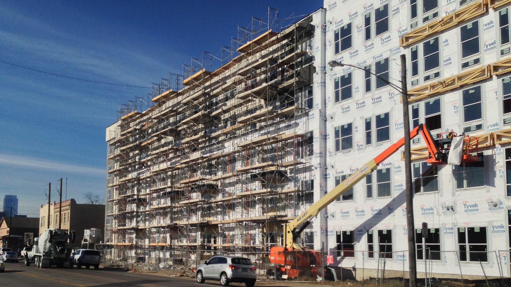 Almost 44,000 apartments are being built in North Texas.