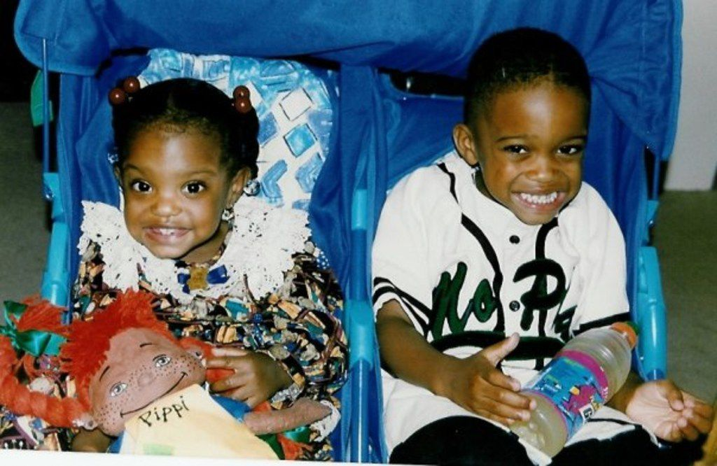 Texas Rangers centerfielder Delino DeShields and sister Diamond DeShields, who is a professional basketball player for the Chicago Sky (Courtesy/Tisha DeShields)