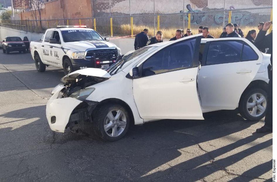 Dos escoltas del Gobernador Javier Corral resultaron lesionados en un ataque a balazos perpetrado este domingo en Chihuahua.