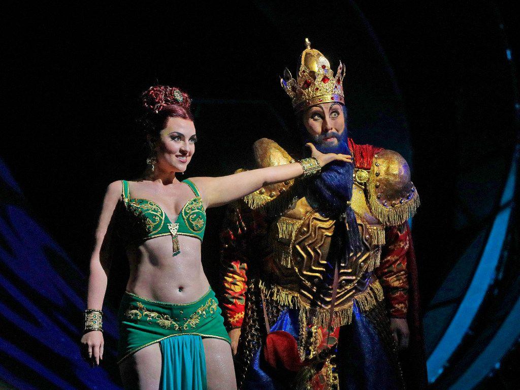 Venera Gimadieva (Queen Of Shemakha) and Tim Mix (King Dodon) in the Santa Fe Opera's The Golden Cockerel.