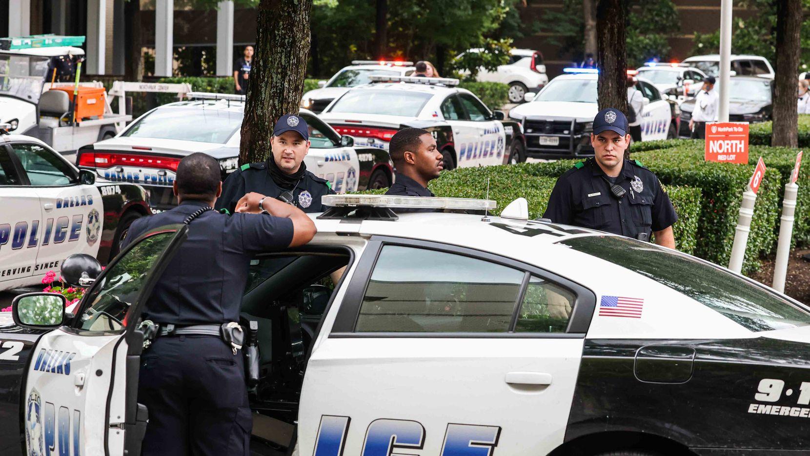 Cualquier persona puede hacer un reporte anónimo a la Policía de Dallas utilizando alguna de las alternativas que tiene la ciudad para hacerlo.