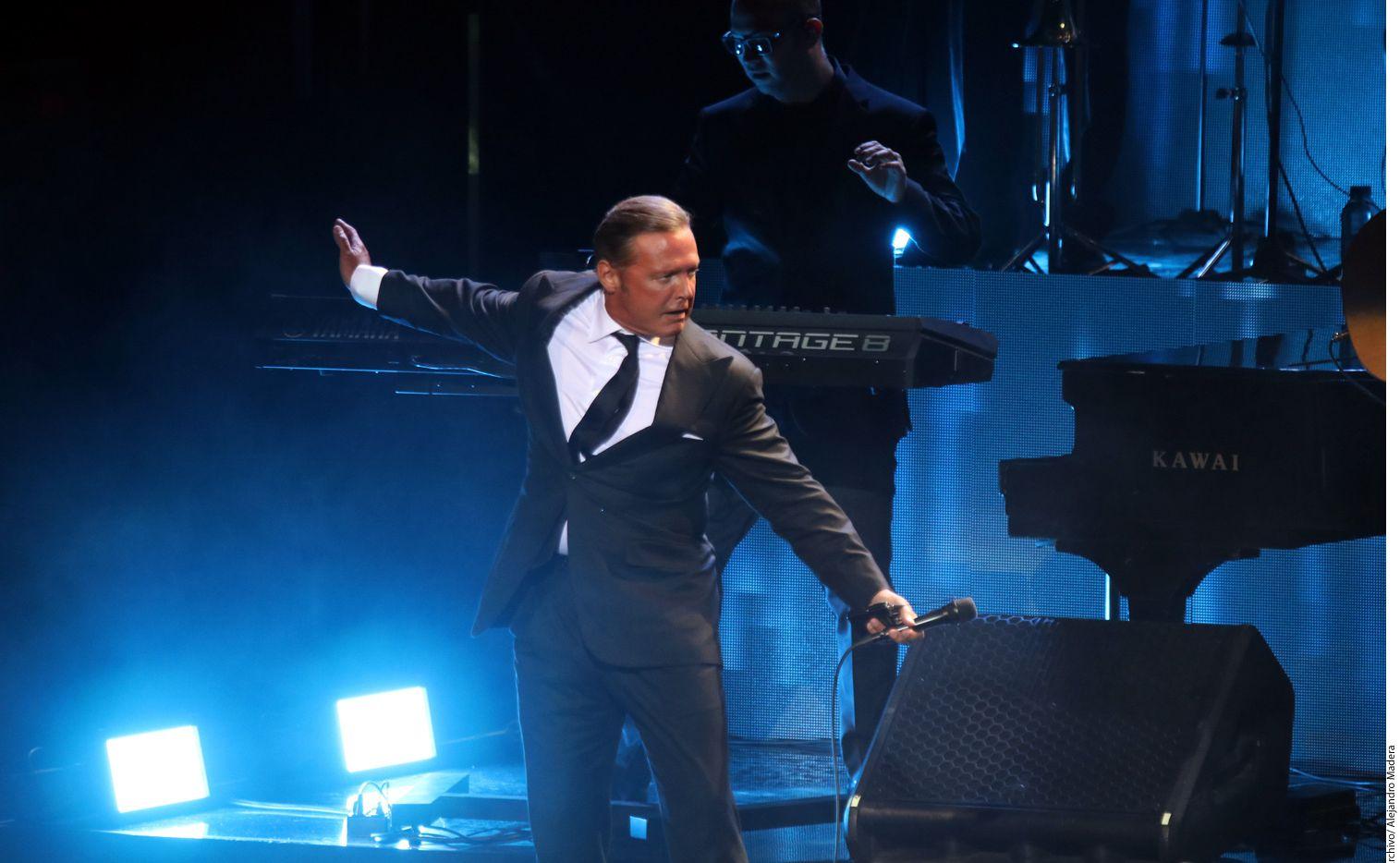 Luis Miguel vuelve hoy al Auditorio Nacional, para romper su propio récord de presentaciones seguidas, ahora con 31, con su tour ¡México por Siempre!/ AGENCIA REFORMA