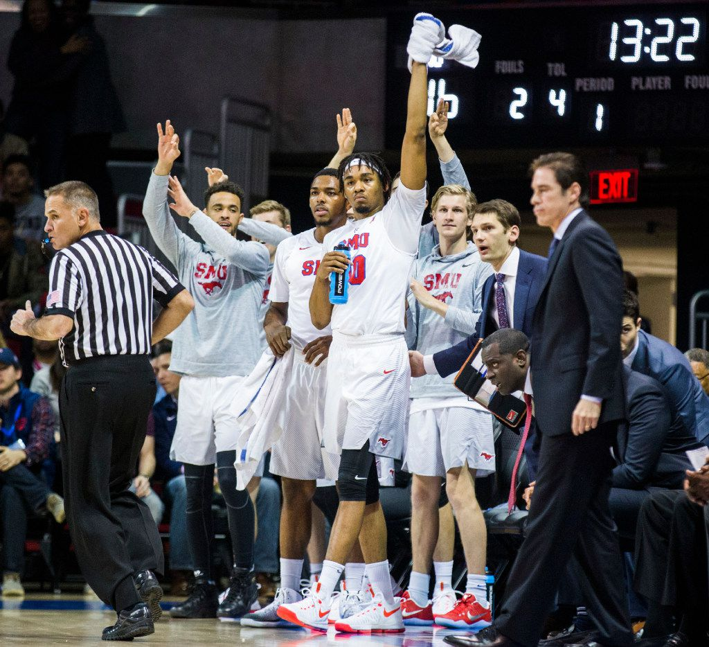 Southern Methodist Mustangs celebrate a point against the TCU Horned Frogs during the first half of their game on Wednesday, December 7, 2016 at Moody Coliseum on the SMU campus in Dallas. (Ashley Landis/The Dallas Morning News)