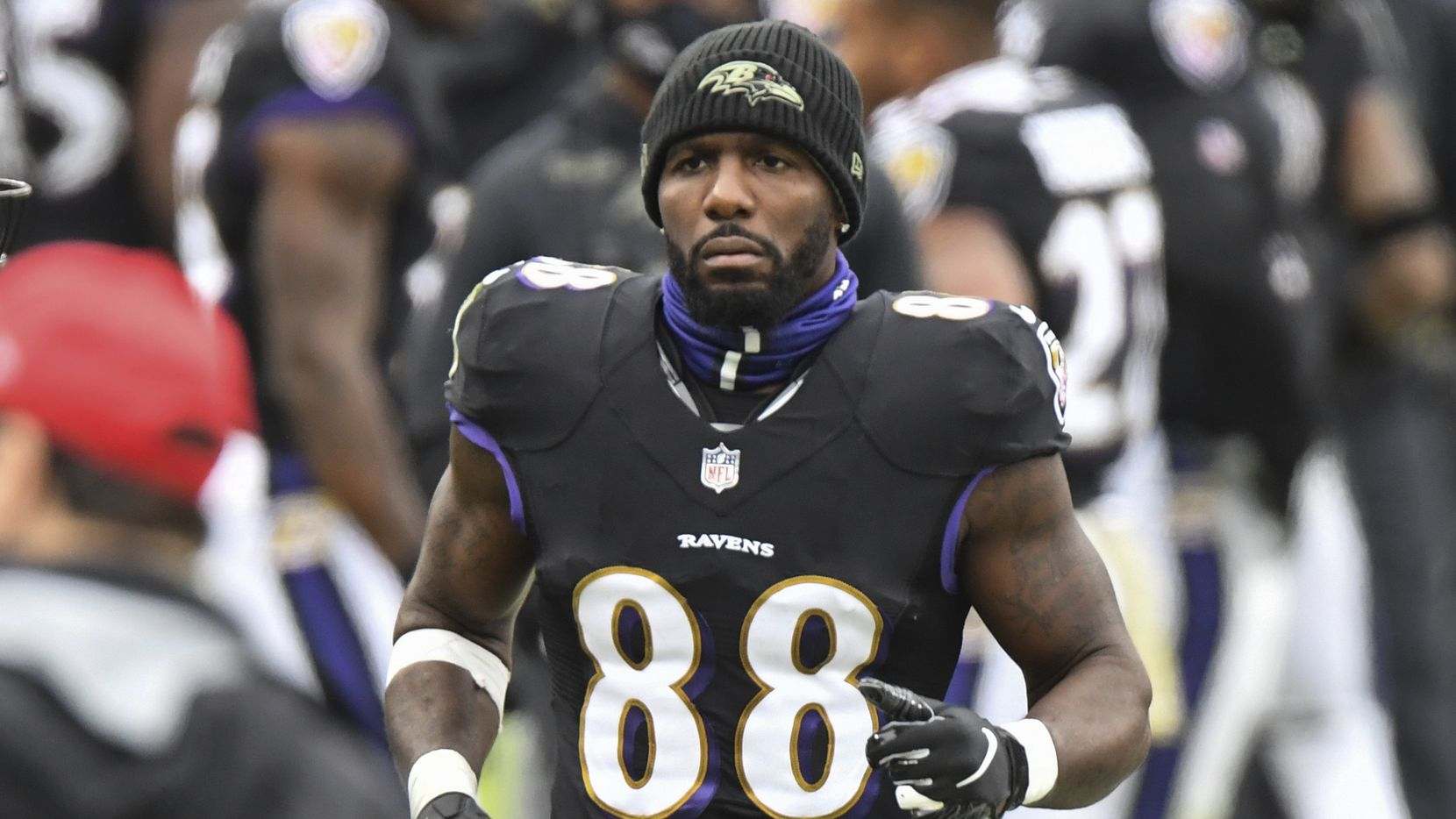 Baltimore Ravens wide receiver Dez Bryant (88) jogs along the sideline during the first half of an NFL football game against the Tennessee Titans, Sunday, Nov. 22, 2020, in Baltimore.
