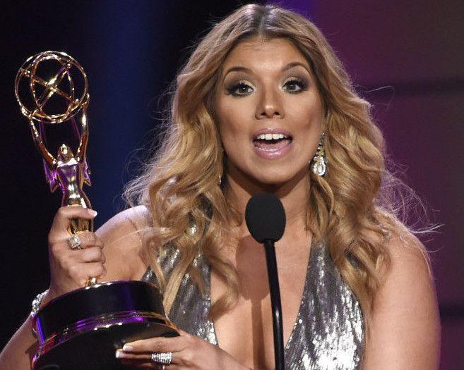 Gaby Natal durante su discurso al aceptar su premio daytime Emmy . /AP