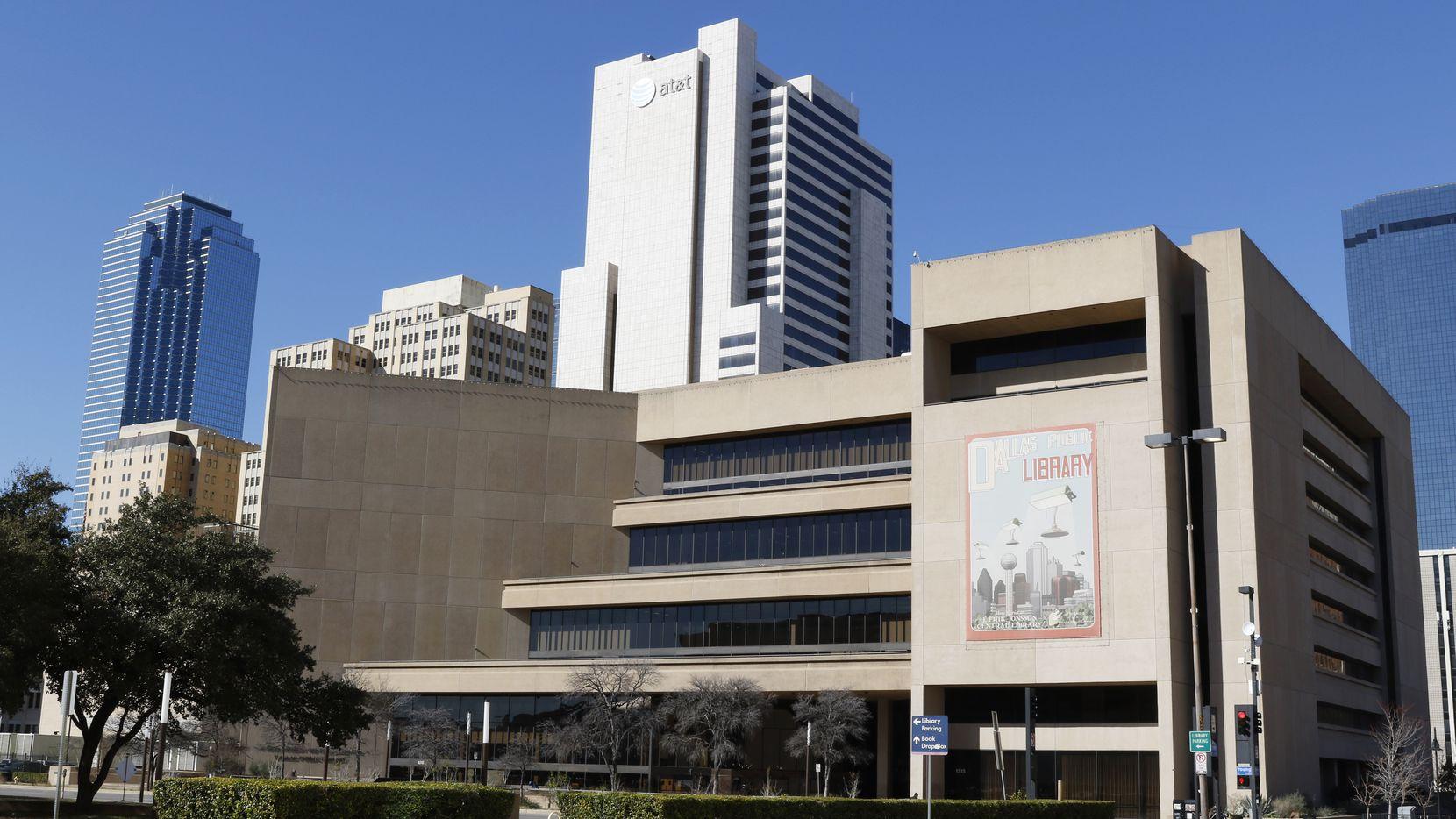 La Biblioteca Central J. Erik Jonsson Central en el centro de Dallas permanecerá cerrada al igual que las otras sucursales en la ciudad de Dallas.