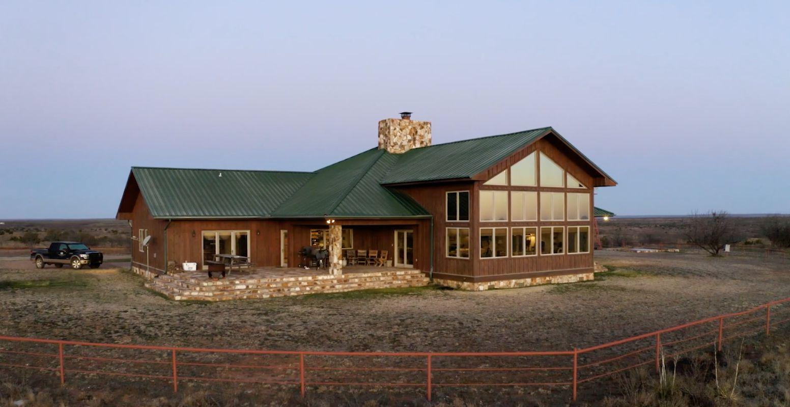 Caloosa Ranch includes a 4,700-square-foot main lodge.