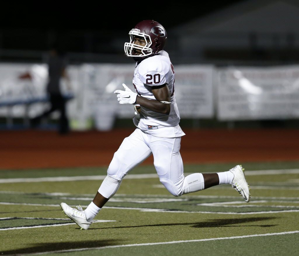 Ennis running back Tycen Thompson, pictured here during a game in 2015, had more than 200 yards from scrimmage in Friday's loss to Tyler John Tyler. (Rose Baca/The Dallas Morning News)