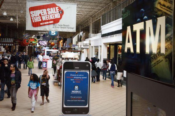 Grapevine Mills mall will host a job fair this Saturday.