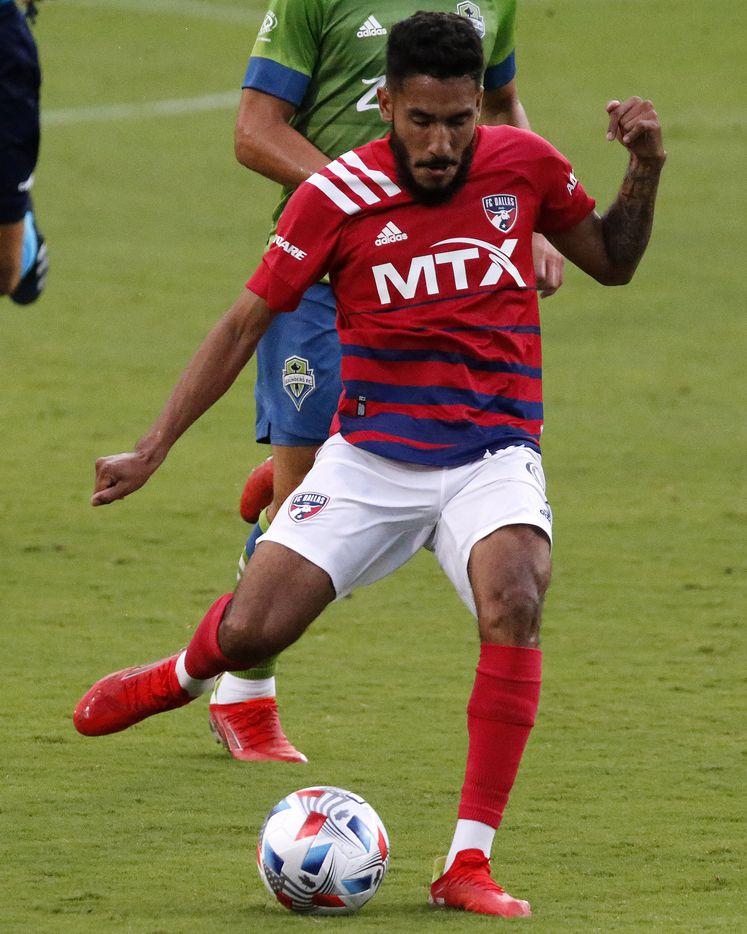 FC Dallas forward Jesus Ferreira (9) takes a shot on goal during the first half as FC Dallas hosted the Seattle Sounders at Toyota Stadium in Frisco on Wednesday night, August 18, 2021. (Stewart F. House/Special Contributor)