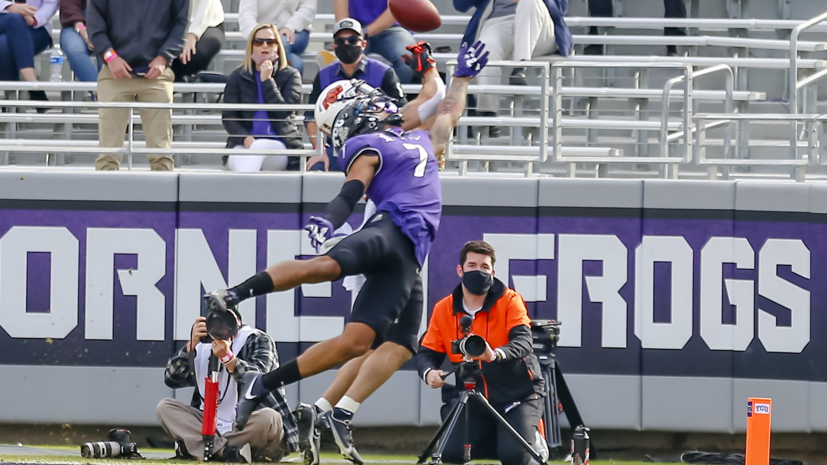 TCU safety Trevon Moehrig (7) deflects a pass during a game against Oklahoma State on Dec. 5, 2020, at Amon G. Carter Stadium in Fort Worth. (Photo by Matthew Pearce/Icon Sportswire via Getty Images)