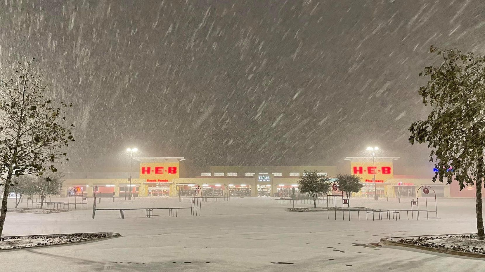 An H-E-B store in San Antonio is shown during the February storm. Only about 40 of H-E-B s 351 stores in Texas lost power during that week.