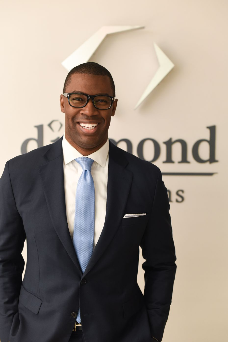 Dr. James Pinckney II is assisting in MLB teams testing protocols. He works with Diamond Physicians in Dallas.