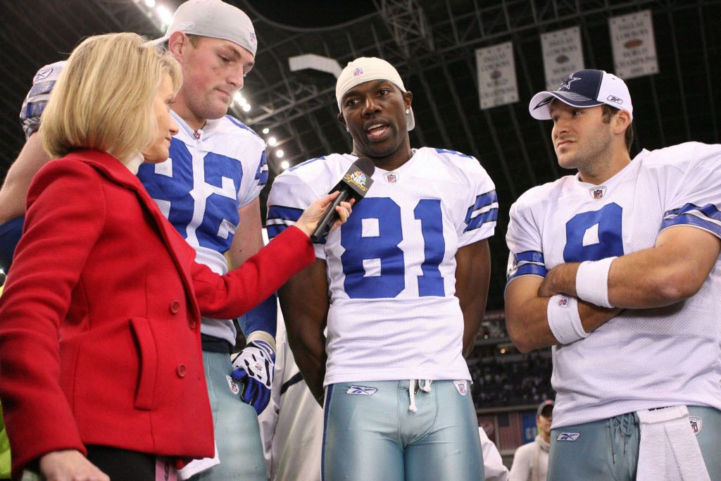 ORG XMIT: *S0425149088* Dec 14, 2008; Irving, TX, USA; Dallas Cowboys tight end Jason Witten (82) wide receiver Terrell Owens (81) and quarterback Tony Romo (9) are interviewed by Andrea Kramer at the conclusion of the game against the New York Giants at Texas Stadium. Dallas  defeated New York 20-8. Mandatory Credit: Nelson Chenault-US PRESSWIRE  12182008xQUICK
