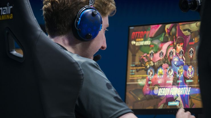 "Dallas Fuel's Lucas ""NotE"" Meissner prepares for a game during an Overwatch League match against the San Francisco Shock on Sunday, August 11, 2019 at Blizzard Arena in Burbank, California. (Ashley Landis/The Dallas Morning News)"
