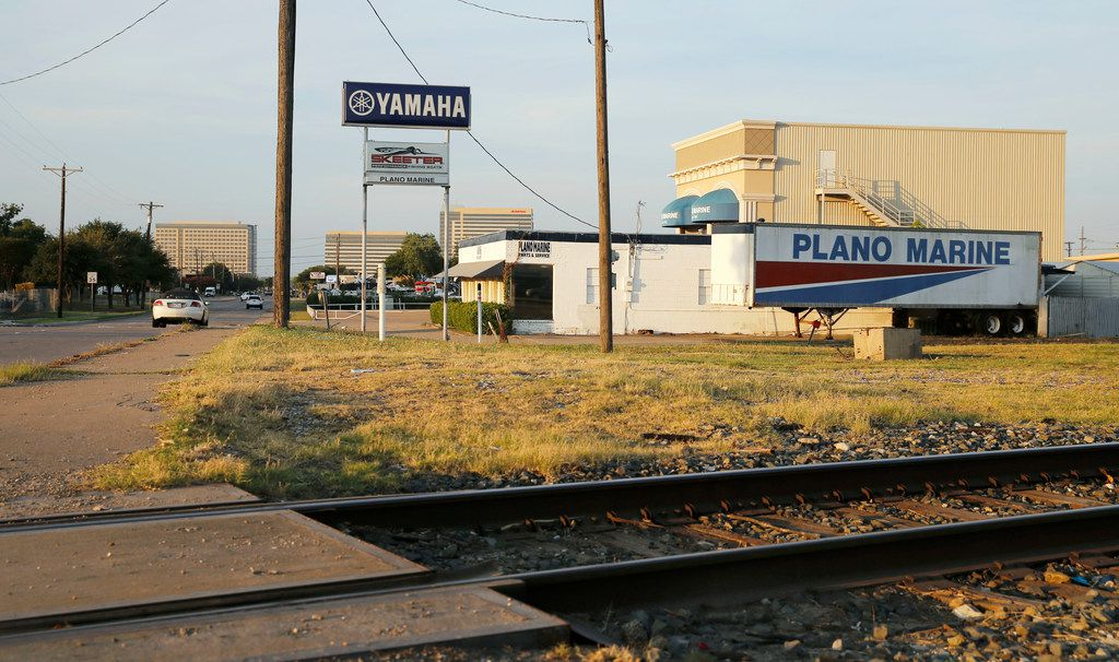 Avenue K near the 12th street in Plano is the planned site of the 12th Street DART Station. The east-west Cotton Belt commuter line will also cross through the location.