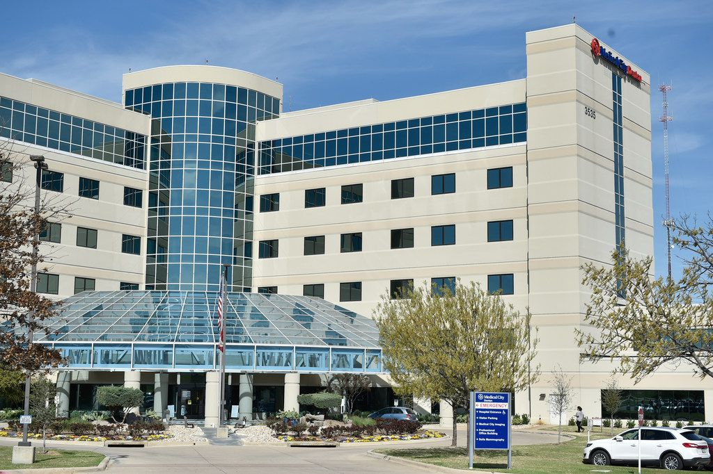 A patient undergoing treatment at Medical City Denton asked a friend to inject her with heroin, police say.