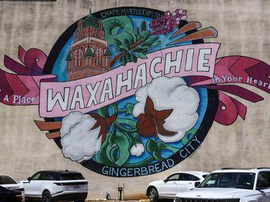 The Waxahachie mural in Waxahachie.