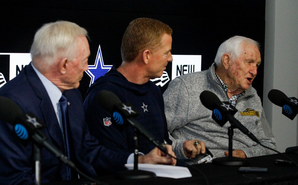 Cowboys Owner Jerry Jones and Head Coach Jason Garrett listen as Cowboys Ring of Honor member Gil Brandt talks about the upcoming NFL draft at The Star on April 17, 2019 in Frisco, Texas (Brian Elledge/The Dallas Morning News)