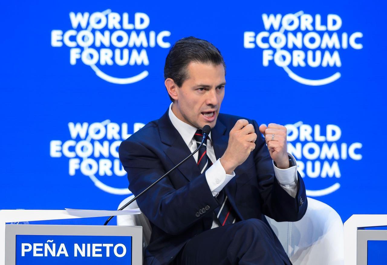 Enrique Peña Nieto afirmó en el foro económico mundial en Davos, Suiza, que su país quiere acelerar la extradición de 'El Chapo' (AFP/GETTY IMAGES/FABRICE COFFRINI)