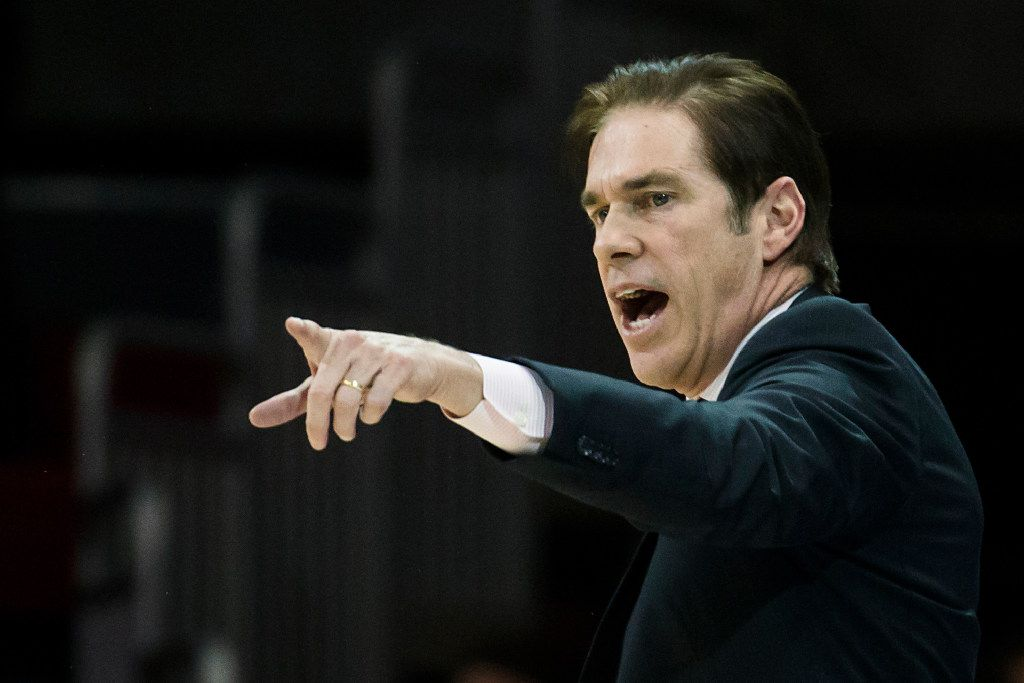 SMU head coach Tim Jankovich directs his team during an NCAA basketball game against Tulane at Moody Coliseum on Wednesday, Feb. 15, 2017, in Dallas. (Smiley N. Pool/The Dallas Morning News)
