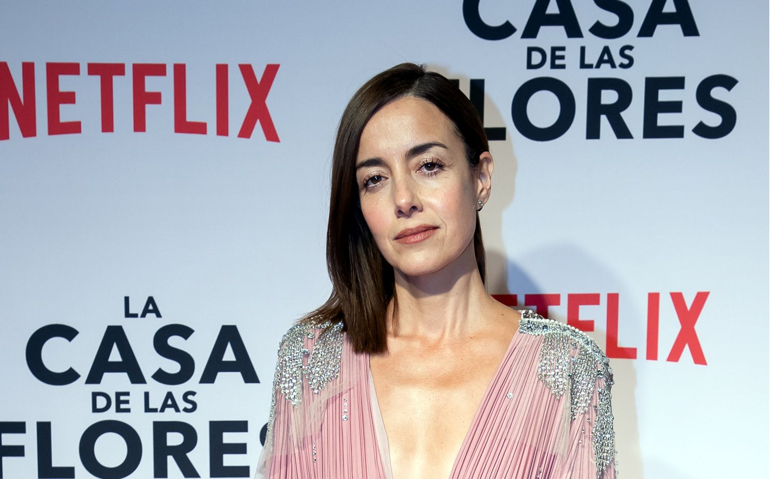"""El modo de hablar de Paulina de la Mora (Cecilia Suárez) en """"La Casa de las Flores"""" se ha convertido en trending topic y dio pie a un reto para imitarla en redes sociales."""